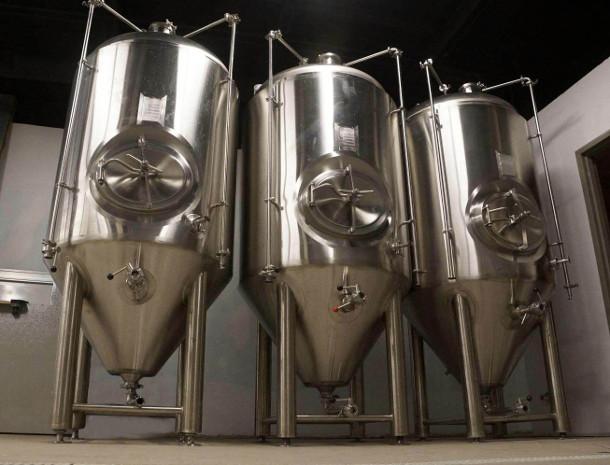 10-bbl-fermenters.jpg