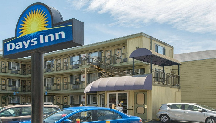 Days INN Airport North
